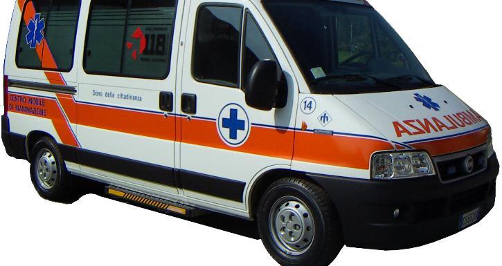 ambulanza_118_generica_gyd7f65rud5dedq