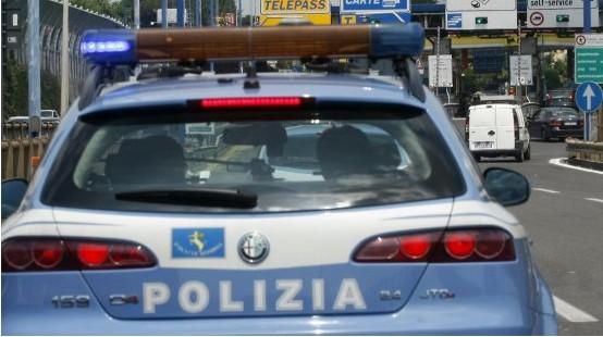 polizia-stradale-latina-8752764111we2