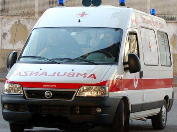 ambulanza-118-latina-fdui6wfwsdss