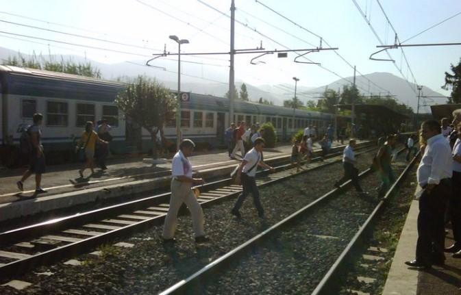 stazione-latina-treni-49863783