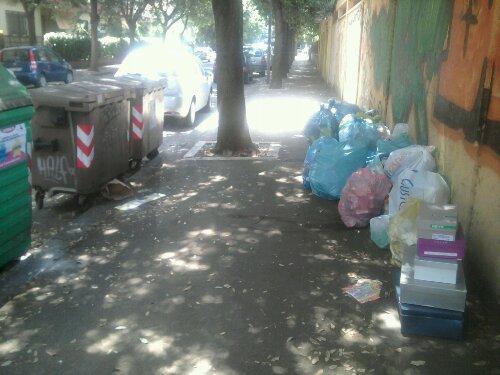 immondizia-latina-rifiuti-strada-cassonetti