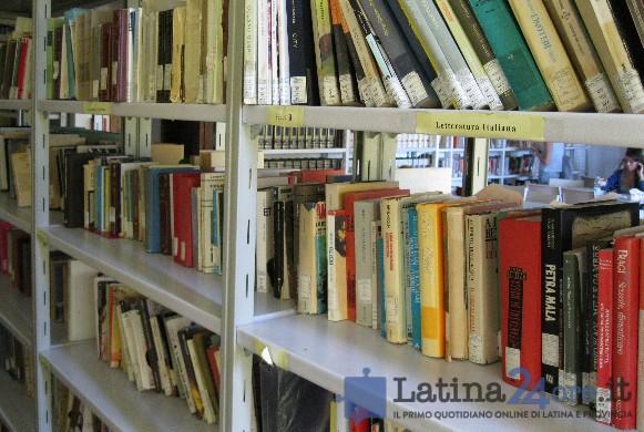 biblioteca-comune-latina-6357265422