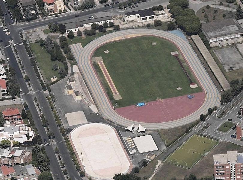 campo-coni-pista-latina-687364345
