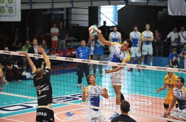 top-volley-latina-schiacciata-00000357633