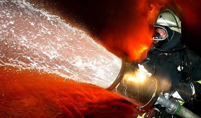 incendio-latina-vigili-fuoco-47868722