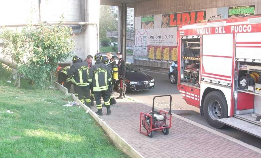 incendio-via-bruxelles-latina-colosseo-4756287262