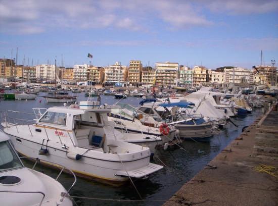 anzio-porto-598256249871