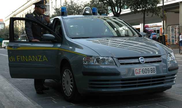 guardia-finanza-latina-4786525464