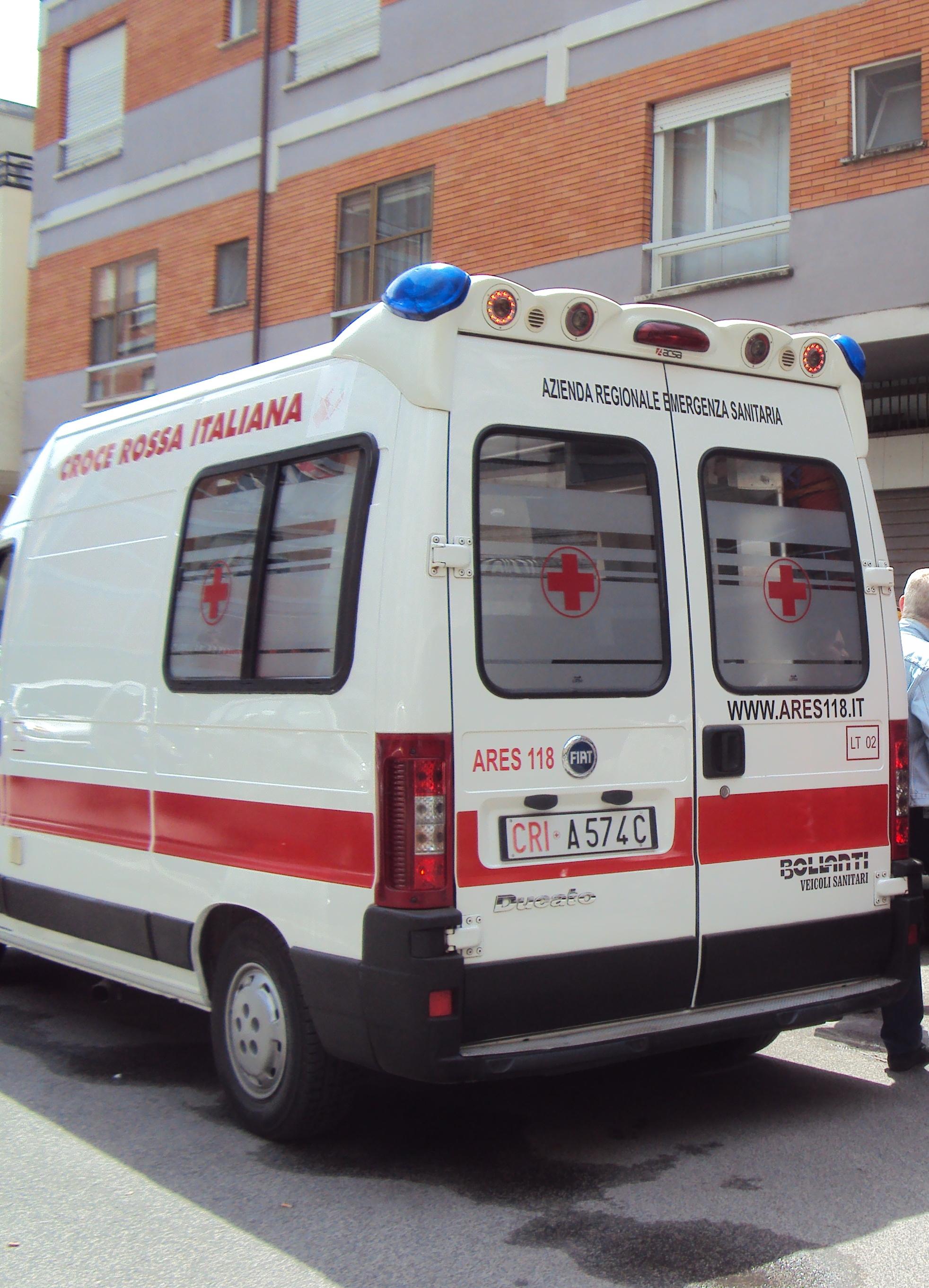 ambulanza82746273864