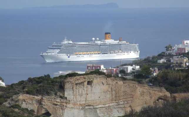 nave-costa-deliziosa-ponza-4742454