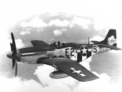 aereo-p-51-mustang-bombardiere