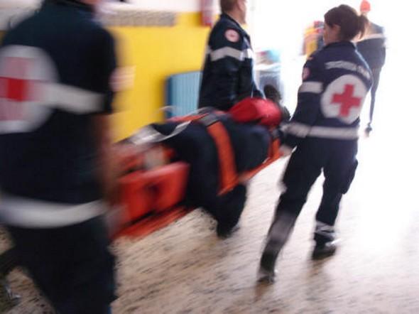 primo-soccorso-latina-defibrillatore-54687622