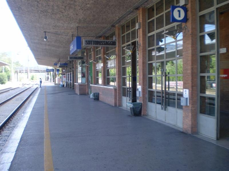 stazione-latinascalo-298473298
