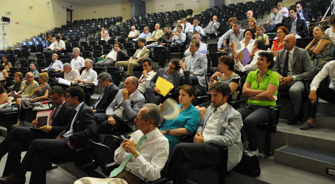 avvocati-latina-assemblea-liceo-classico-2012-64552