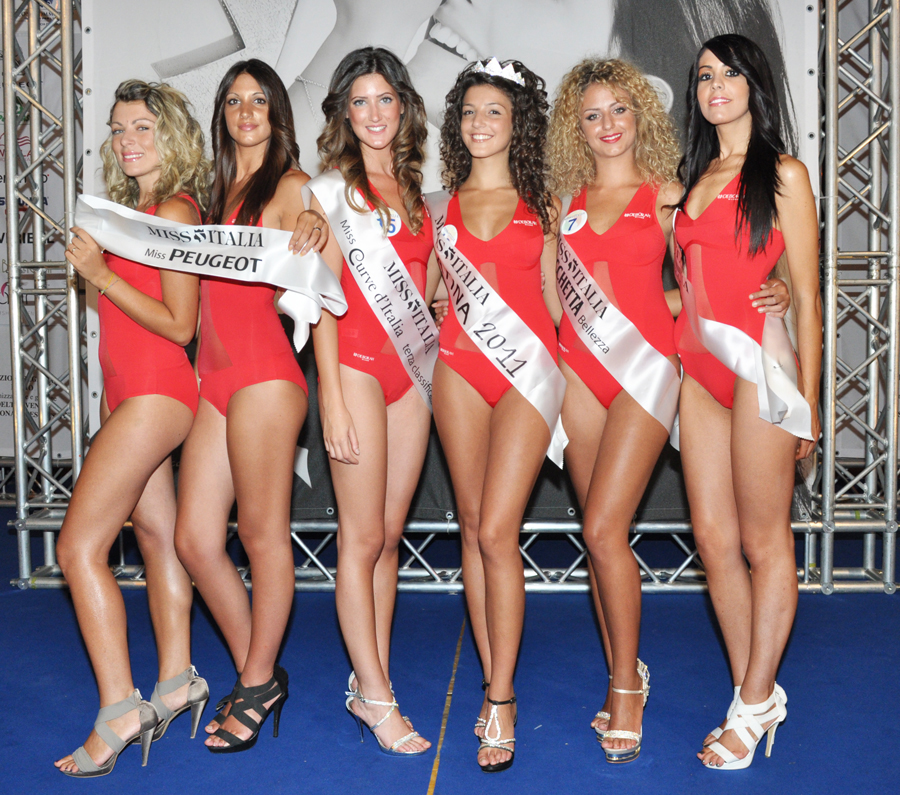 miss-latina-2012-bf5322