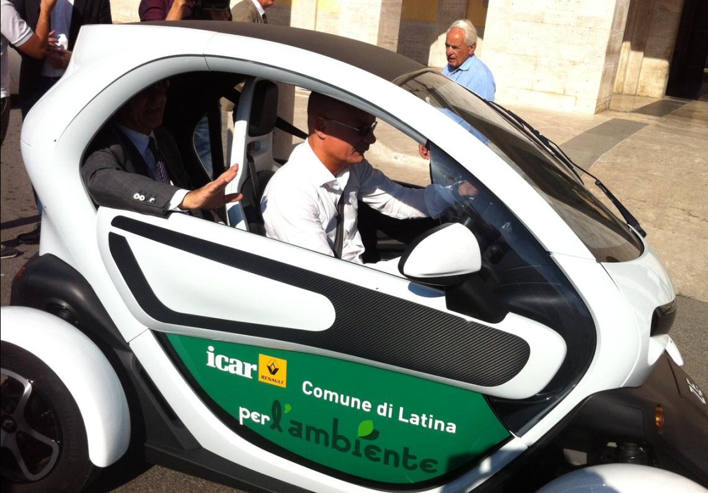 auto-elettrica-comune-latina-5678222