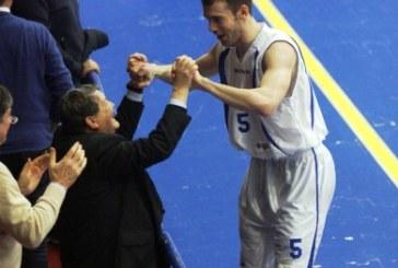Basket, Latina vince nella notte delle streghe