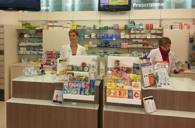 farmacisti-latina24ore-25151232766744