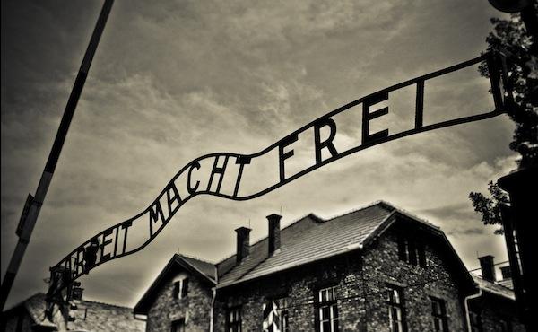 giorno_della_memoria_auschwitz_olocausto