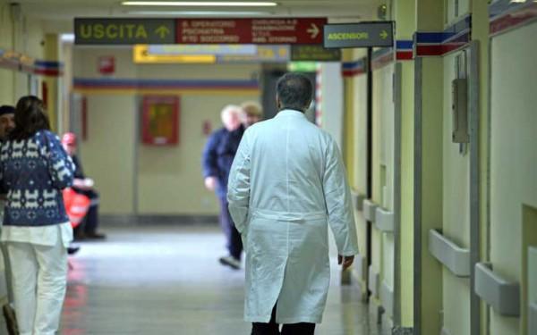 medico-ospedale-generica-78568922
