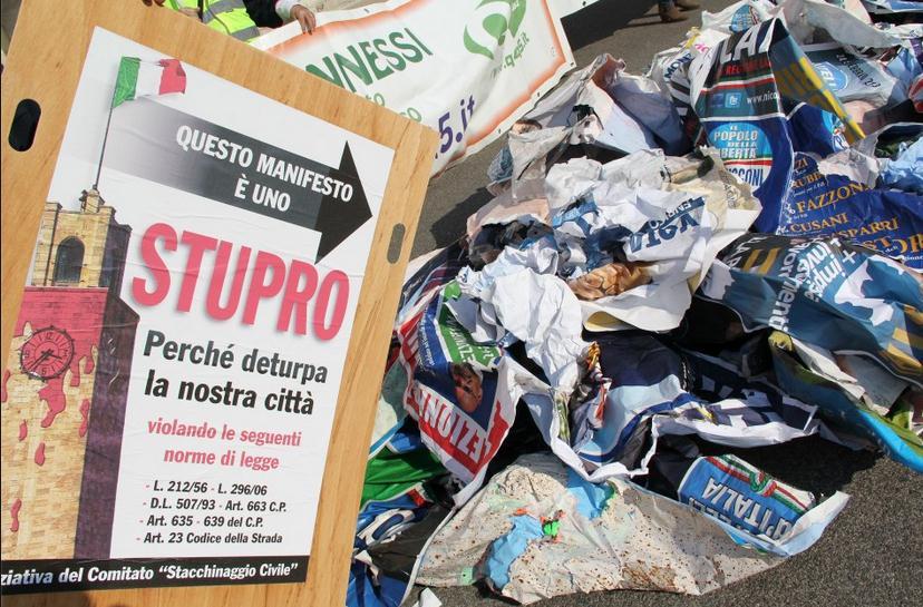 manifesti-abusivi-latina-elezioni-6897335