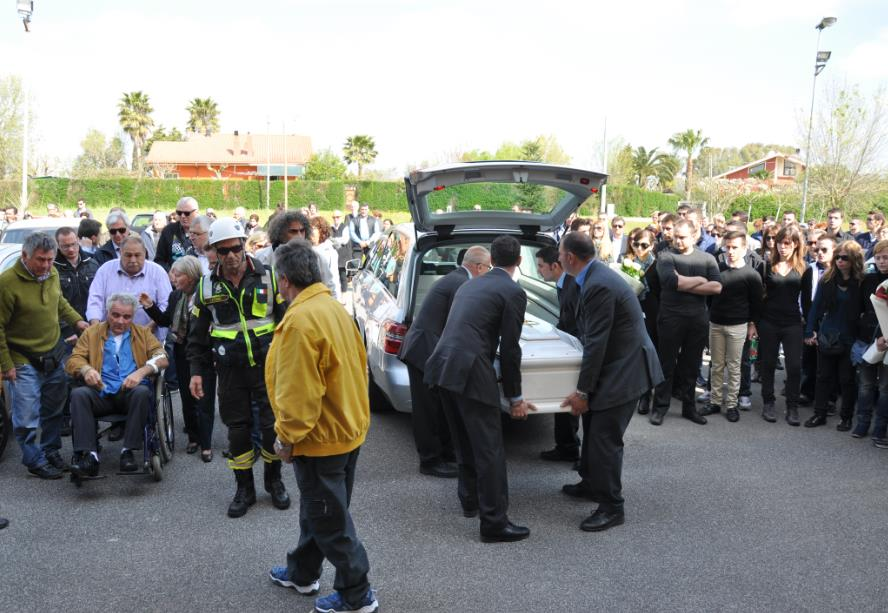 funerale-karin-dalla-senta-latina24ore-5769870922