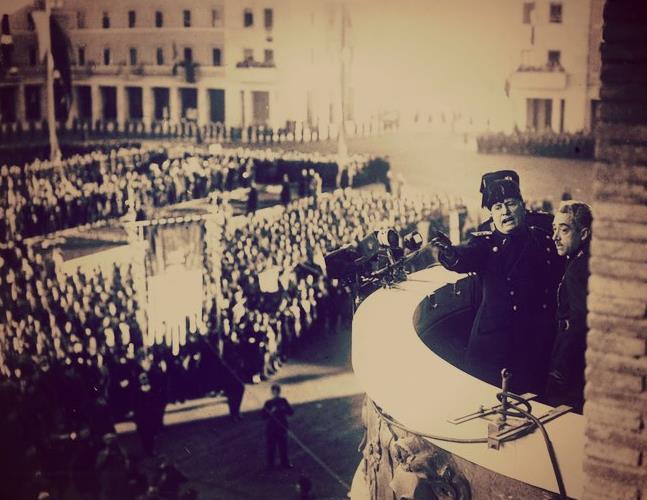 latina-littoria-1934-inaugurazione-provincia-piazza-prefettura-latina24ore-44328