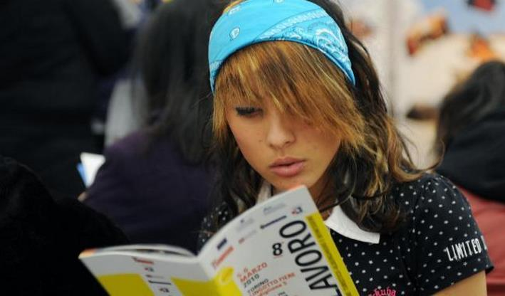 giovani-lavoro-donna-disoccupazione-latina-24ore-009889