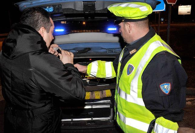 alcol-test-polizia-latina-24ore-6875633