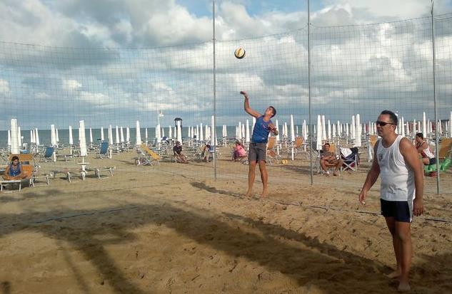 beach-volley-latina-azione