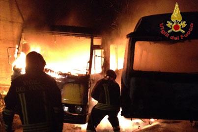 scuolabus-incendio