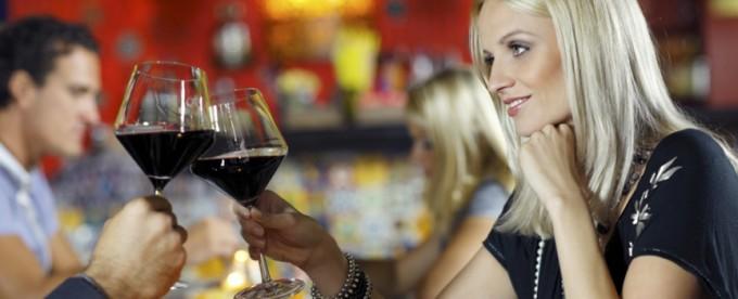 vino-cena-brindisi-latina