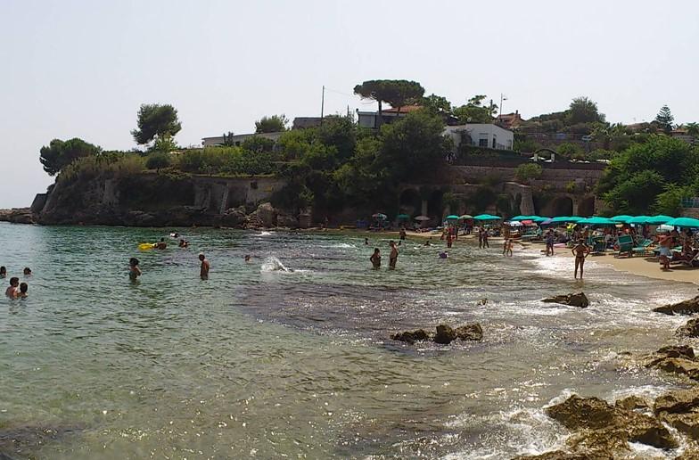 Matrimonio Sulla Spiaggia Gaeta : Gaeta frana sulla spiaggia di fontania latina ore