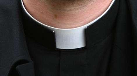 prete-parroco