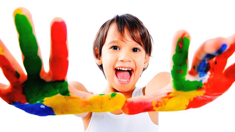 bambino-colori-giochi