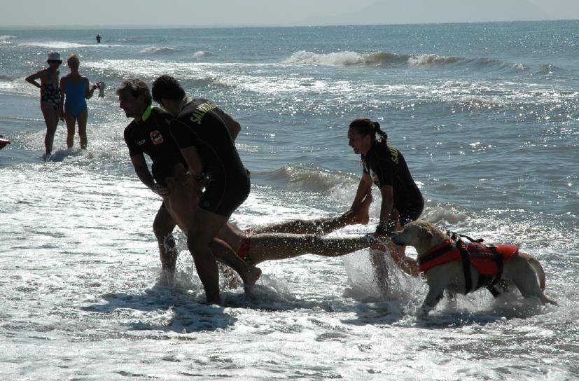 salvataggio-mare-latina-bagnini-esercitazione