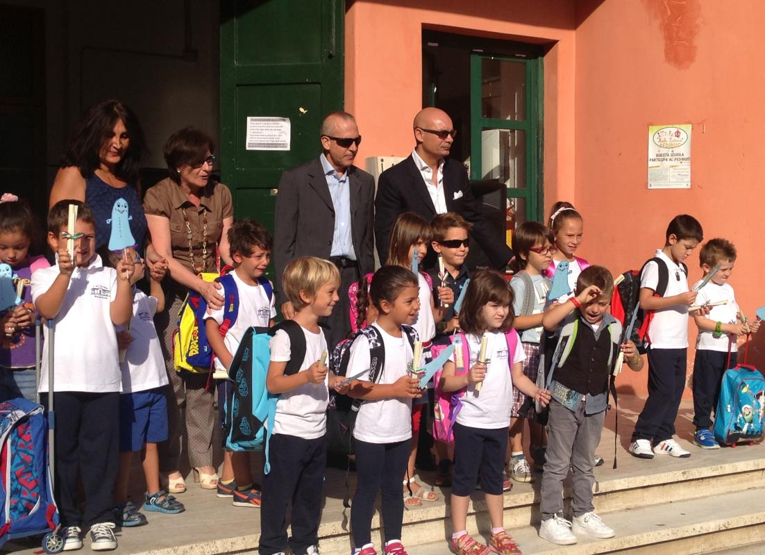 sindaco-scuola-piazza-dante-2014