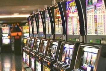 Gioco d'azzardo, la Caritas lancia l'allarme: giocata media di 900 euro