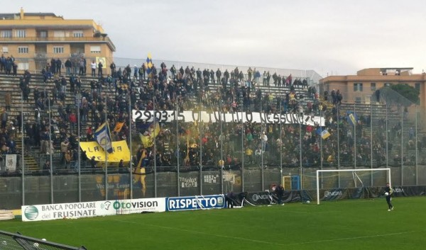 stadio-Matusa-striscione-derby-latina