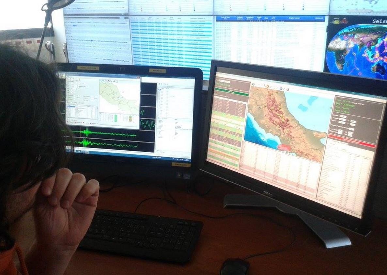terremoto-latina-sismografo-ingv-latina24ore