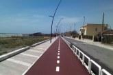 Eliminare la pista ciclabile al mare? Proposta inutile, servono le navette
