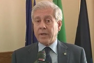 """VIDEO Il commissario Barbato contro tutti: """"Non mi fido degli uffici del Comune"""""""