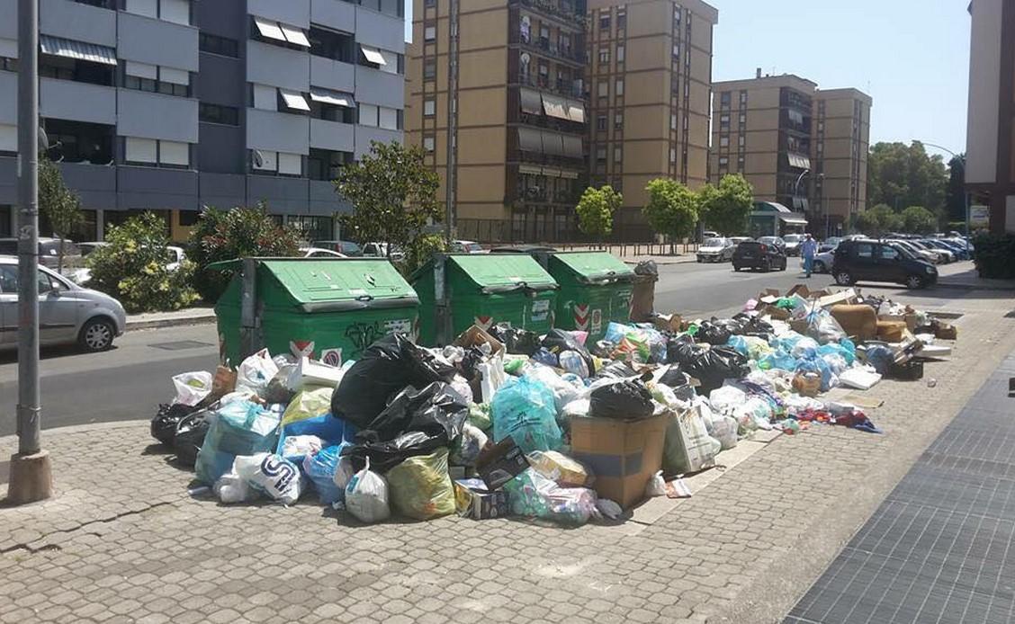 rifiuti-immonzia-cassonetti