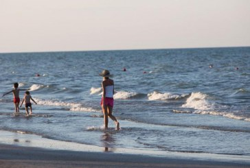 Legambiente pulisce le spiagge a Terracina, Latina, Sabaudia, Anzio e Capocotta