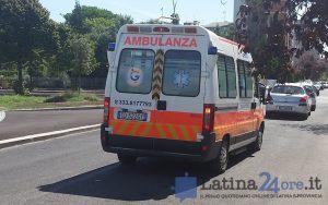 Latina, auto contro un albero: morto un giovane in via Torre La Felce