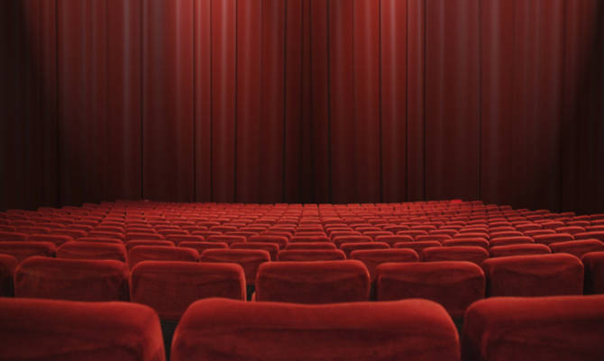 Teatro la compagnia bertolt brecht di formia va in for Poltrone teatro