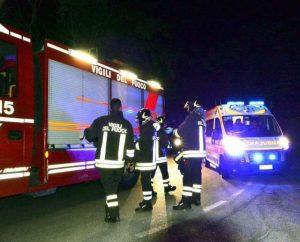 Ubriaco in auto travolge auto e moto a Borgo Bainsizza, tre feriti