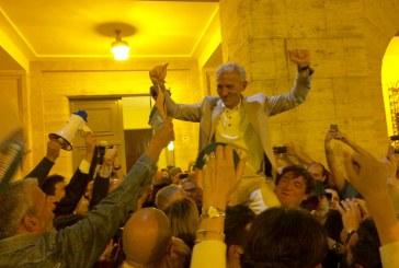 Latina cambia libro. Un plebiscito di proporzioni uniche in Italia incorona Damiano Coletta sindaco