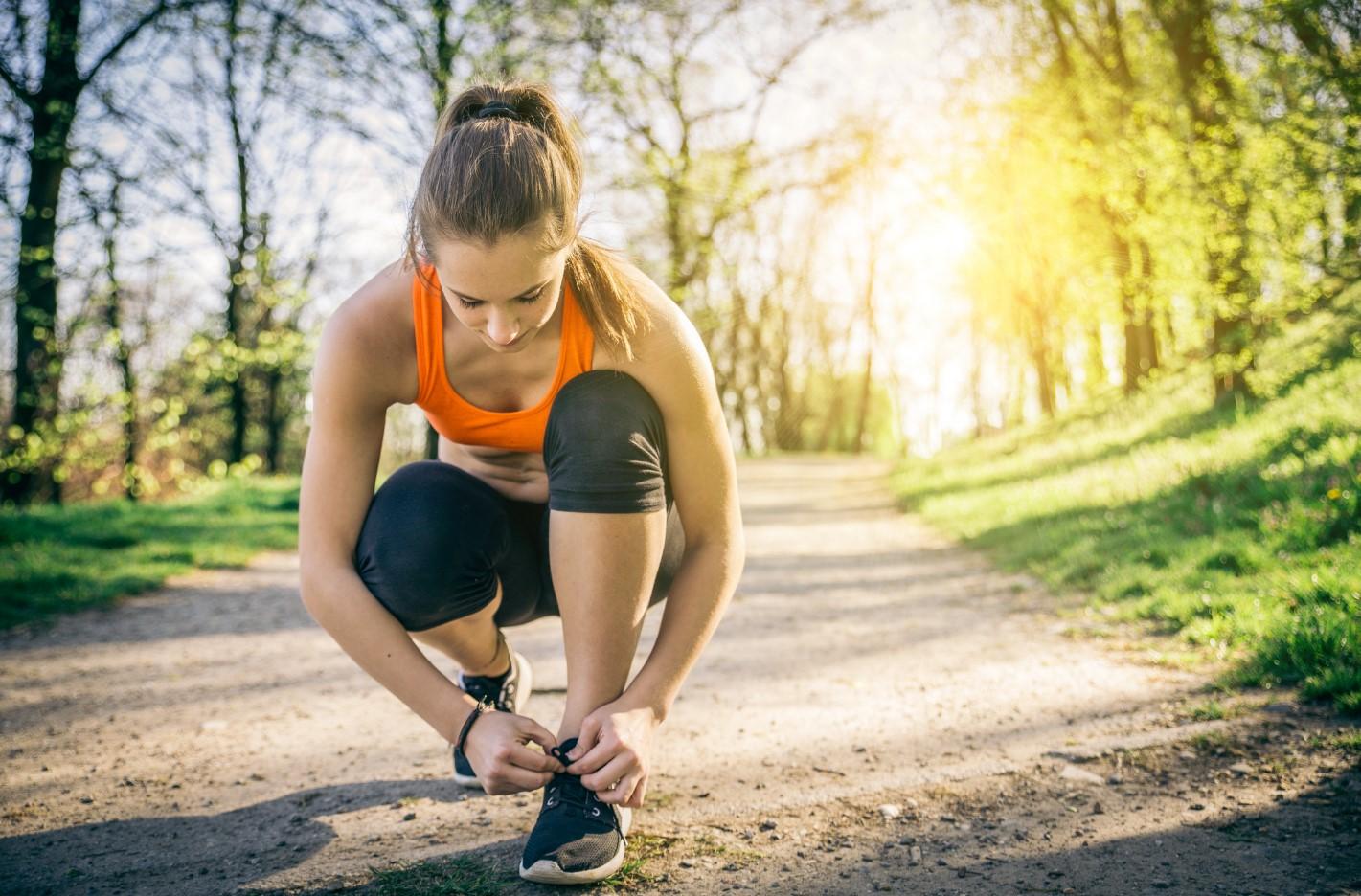 sport-outdoor-corsa-latina-ragazza