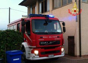 Incendio in una casa a Borgo Podgora, anziana di 83 anni lievemente ferita